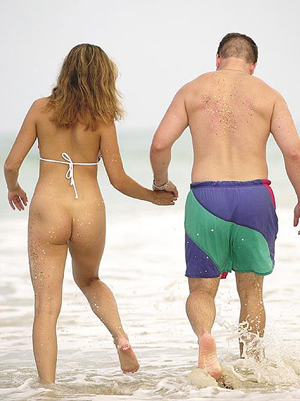 nackt am Strand